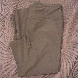 Avia Capri Yoga pants